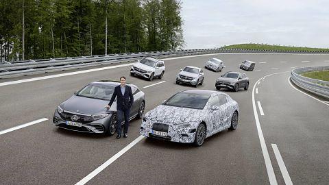 Mercedes-Benz asegura estar lista para vender solo vehículos eléctricos en 2030