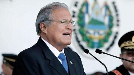 Ordenan-la-captura-del-expresidente-Sanchez-Ceren-y-detienen-a-varios-exministros