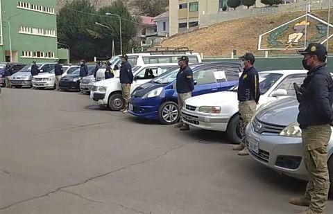 Incautacion-de-155-autos-chutos-abre-paso-a-investigar-clonacion-de-documentos