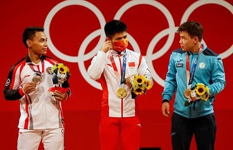 Los-medallistas-olimpicos-podran-posar-30-segundos-sin-tapabocas