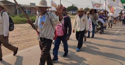 Marcha indígena avanza hacia Cotoca y cada vez se acerca más a la capital cruceña