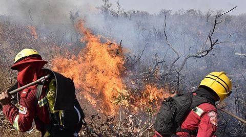 Diez municipios Chiquitanos luchan para controlar el fuego