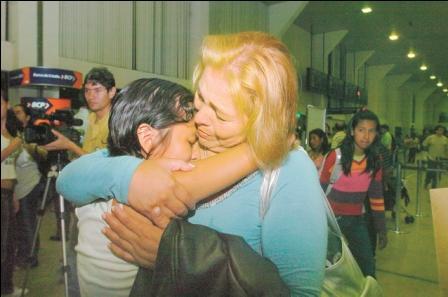 Bolivianos-despiertan-del--sueno-espanol-