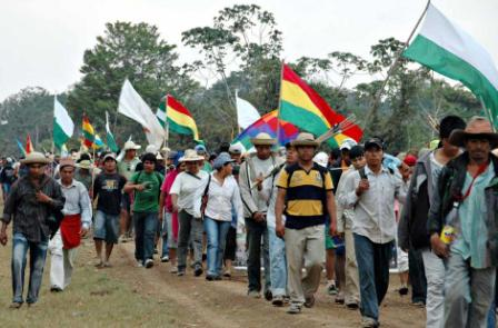 Indigenas-se-aprestan-a-reanudar-la-marcha