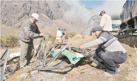 Accidente-deja-8-muertos-en-carretera-La-Paz-Oruro