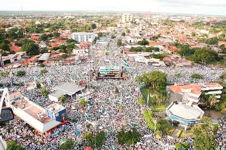 Comite-Pro-Santa-Cruz-festeja-junto-a-sectores-sociales