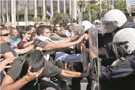 Grecia-no-logra--levantar-la-cabeza