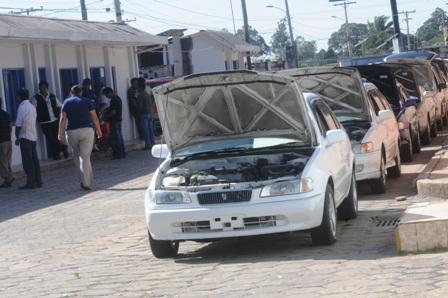 Aduana-detecto-8.000-vehiculos-robados