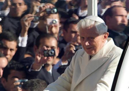 Nueva-campana-es--una-grave-falta-de-respeto-al-Papa-