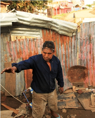 Dos-casas-obstaculizan--obra-vial-en-la-Avenida-Cumavi