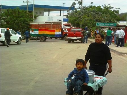 Civicos-bloquean-Puerto-Suarez-