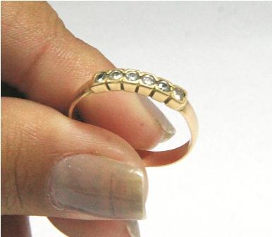 Venta de joyas baja al 50 por precio del oro for Banar en plata precio