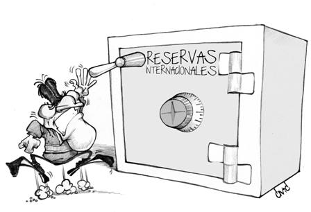 Analistas-advierten-del-peligro-de-usar-las-reservas