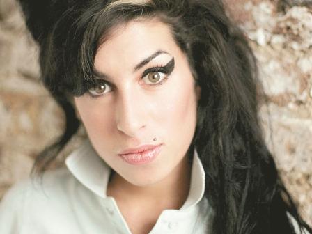 Winehouse-otra-vez-entra-a-rehabilitacion