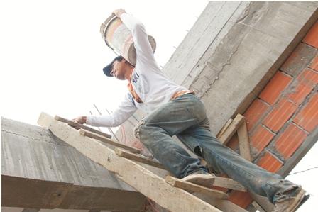 Informe:-trabajan-en-la-calle-por-necesidad-