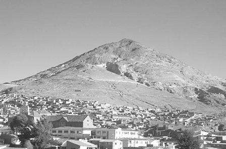 El-Cerro-Rico-con-gorrito-protector