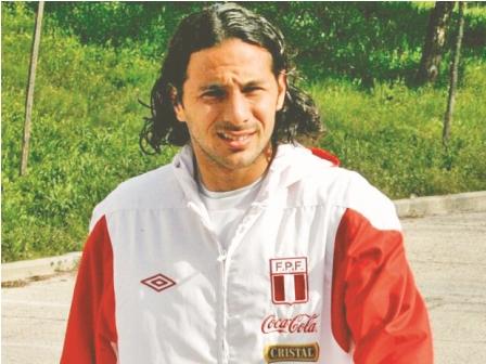 Se-lesiono-Claudio-Pizarro