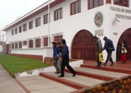 Cae-boliviano-con-capsulas-de-droga-