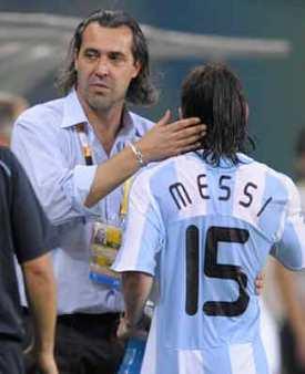 Batista:--Argentina-esta-obligada-a-ganar-la-Copa-America-