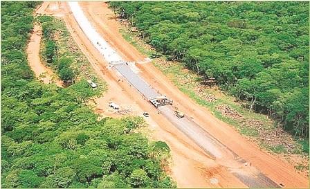http://www.eldia.com.bo/images/Noticias/11-7-11/carretera-tipnis.jpg