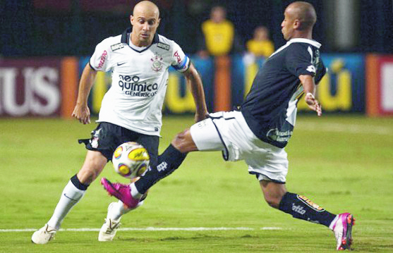Corinthians-sigue-sacando-ventaja