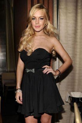 Lindsay-Lohan-se-enfrenta-a-una-demanda-de-un-millon-de-Dolares