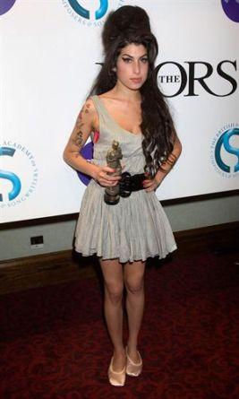 El-legado-de-Amy-Winehouse:-un-icono-de-moda-y-estilo