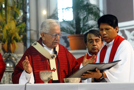 Cardenal-Julio-Terrazas-pide-acabar-con-la-represion-y-amenazas