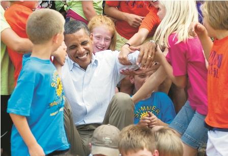 Un-debil-Obama-va-tras-mejor-imagen