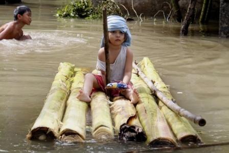 Inundaciones-en-Tailandia-causan-31-muertos-y-miles-de-desplazados