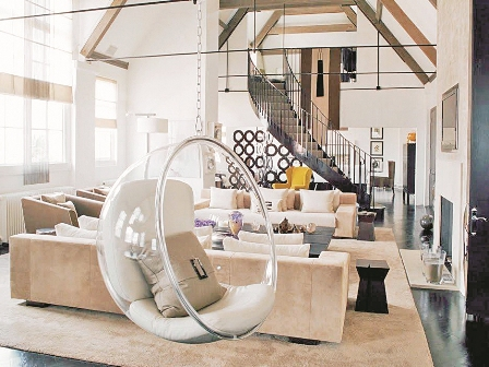 Las sillas colgantes for Silla huevo colgante