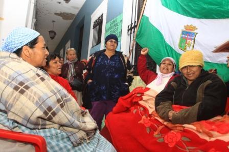 Alcaldia-dialoga-con-vecinos-protestantes