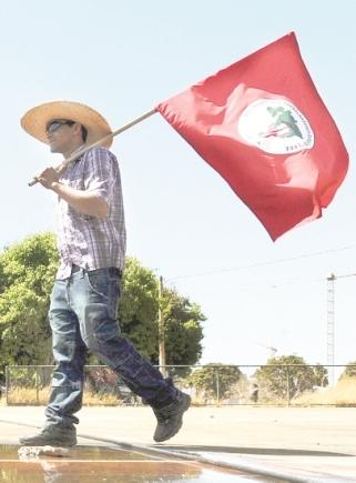 Gobierno-cede-a-demandas-de-campesinos-sin-tierra