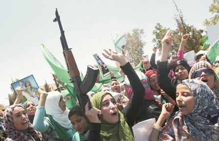 Acusan-a-Gaddafi-de-haber-violado-a-cinco-mujeres
