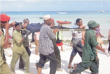 Naufragio-de-barco-deja-al-menos-170-muertos