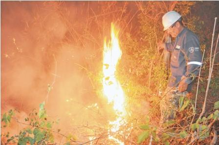 Porongo-y-Santa-Rosa-asediados-por--incendios-y-la-ABT--suspende-permiso--para-quemas