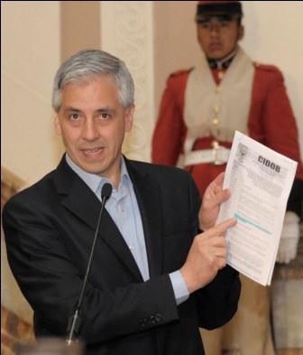 Vicepresidente-justifica-construccion-de-carretera-por-el-TIPNIS