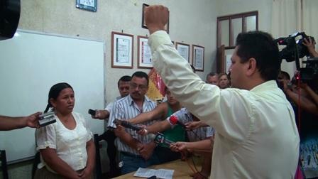 Posesionan-al-nuevo-director-del-Senasag