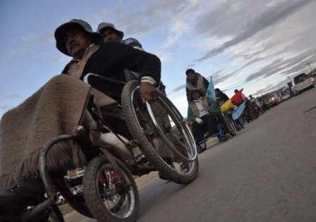 Discapacitados-reanudaran-caravana-hasta-que-aprueben-Ley-de-Tratos-Preferentes
