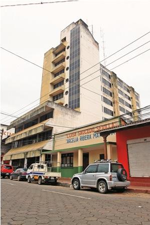 Emblematico-edificio-lleva-20-anos-abandonado
