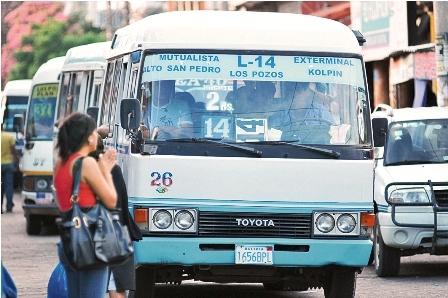 Transportistas-de-Santa-Cruz-no-acataran-paro-nacional-