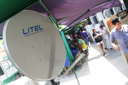 Ref. Fotografia: Antenas. Los comerciantes siguen ofreciendo estos