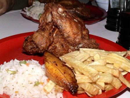 Alza-vuelo-el-precio-de-pollos-Roky-s-en-Santa-Cruz