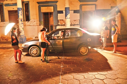 Zombies-cubanos-en-el-Fenavid