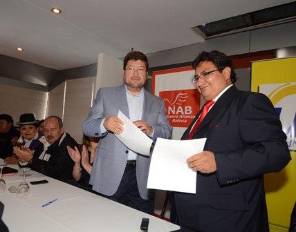 Unidad-Nacional-y-Alianza-Bolivia-firman-acuerdo-para-conformar-el-frente-unico