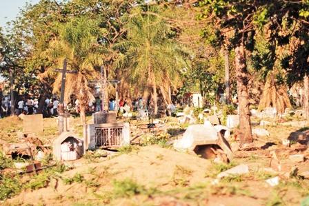 Municipio-estudia-reubicar-cementerios-clandestinos-