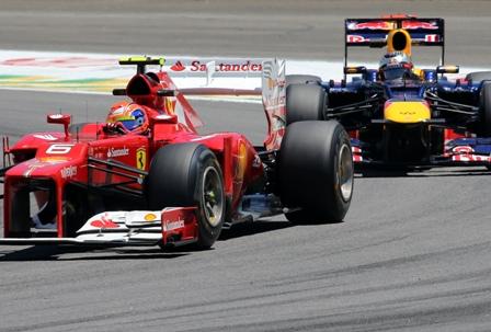 Hamilton-fue-el-mejor,-Vettel-segundo-y-Alonso-quinto-en-los-segundos-entrenamientos-libres