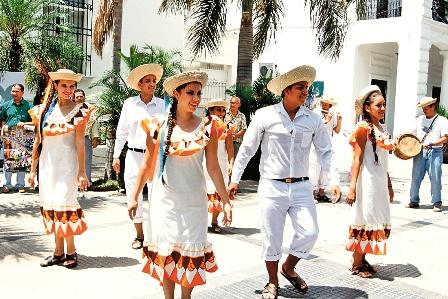 Chobena El Festival Bandera Bajo De