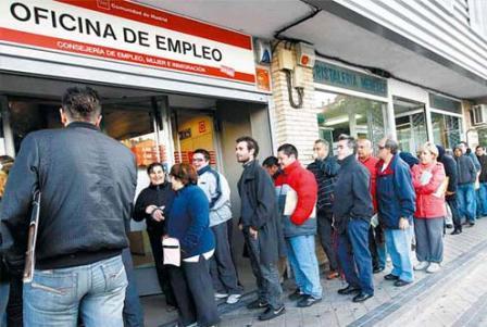 El-numero-de-desempleados-alcanzo-una-cifra-record-de-4,83-millones-