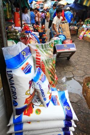 Sobreproduccion-de-azucar-incide-en-la-baja-de-precios
